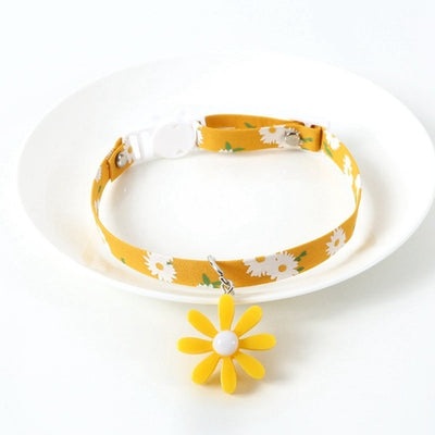Cat Collar with Bell Floral Pattern Daisy Flower Adjustable Safety Breakaway Collars for Cats Kitten Summer-Cat Supplies-Golonzo