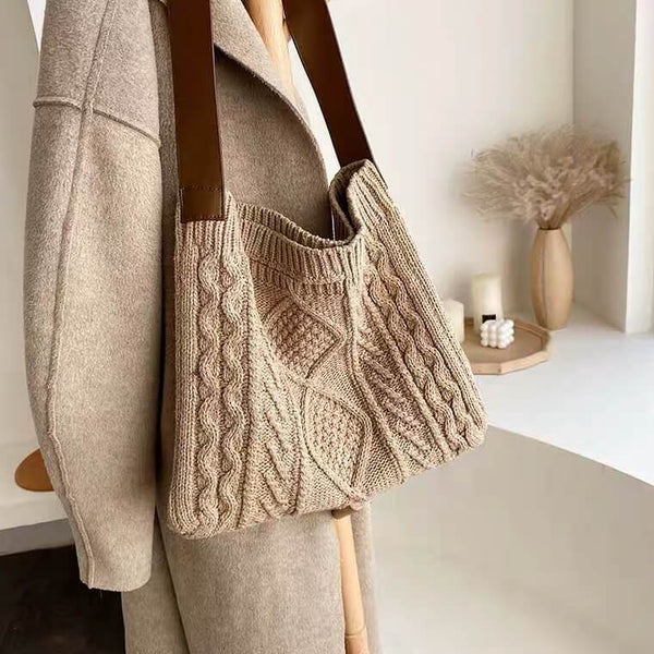 White Tanuki Beige Knitted Winter Tote Bag