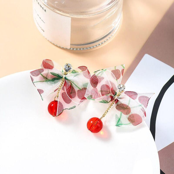 White Tanuki Cranberry Bow Earrings