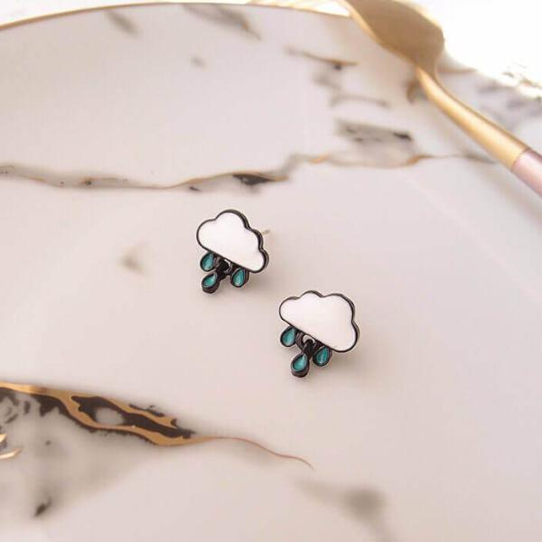 White Tanuki Earring Korean Rainy Day Earrings