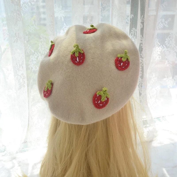 White Tanuki Strawberry Beret