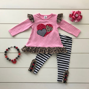 LOVE IS IN THE AIR HEART BOUTIQUE SET