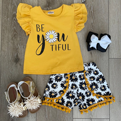 BE 'YOU' TIFUL DAISY SHORT SET