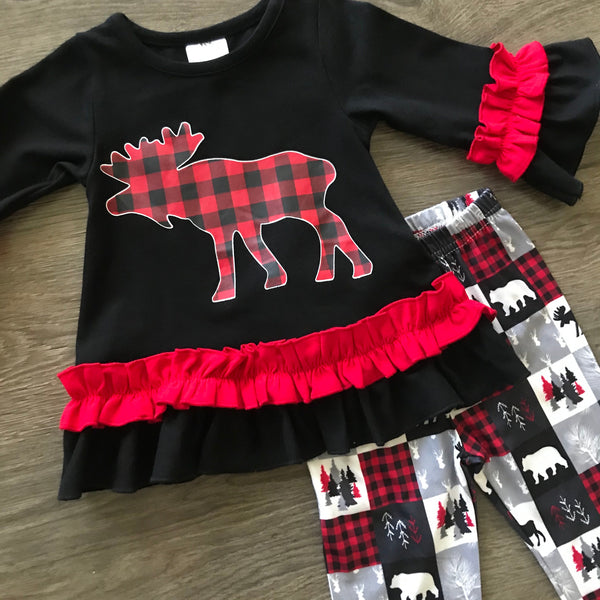 MOOSE CROSSING WINTER SCENE OUTFIT