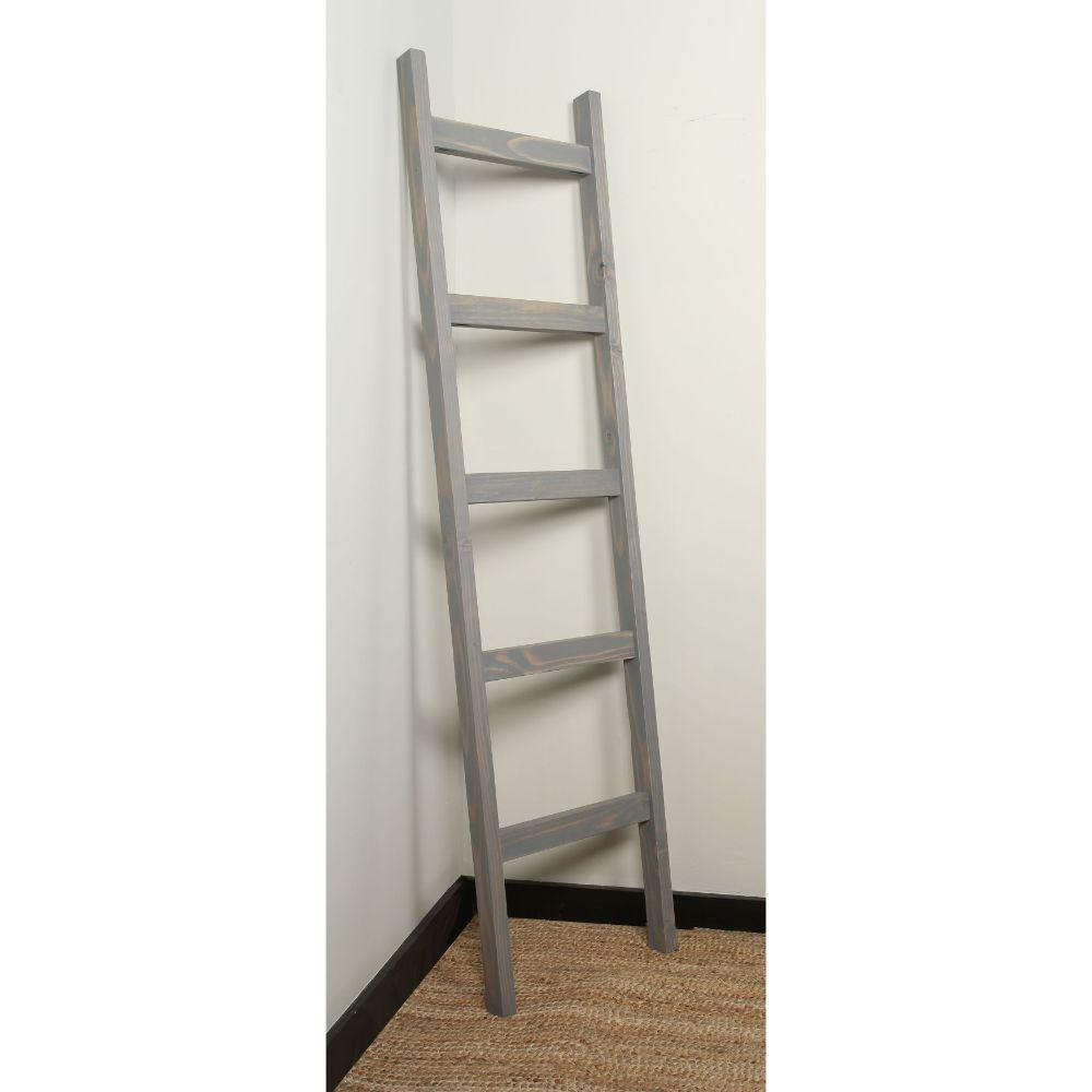 Gray Chuncky Blanket Ladder 17.5'' x 72''