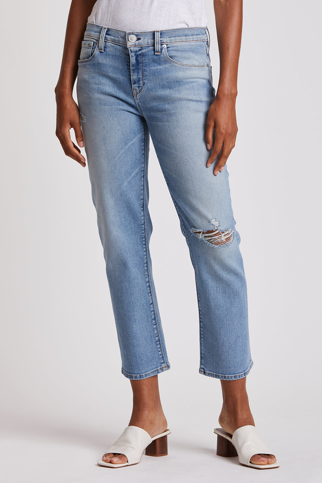 Nico Mid-Rise Crop Straight