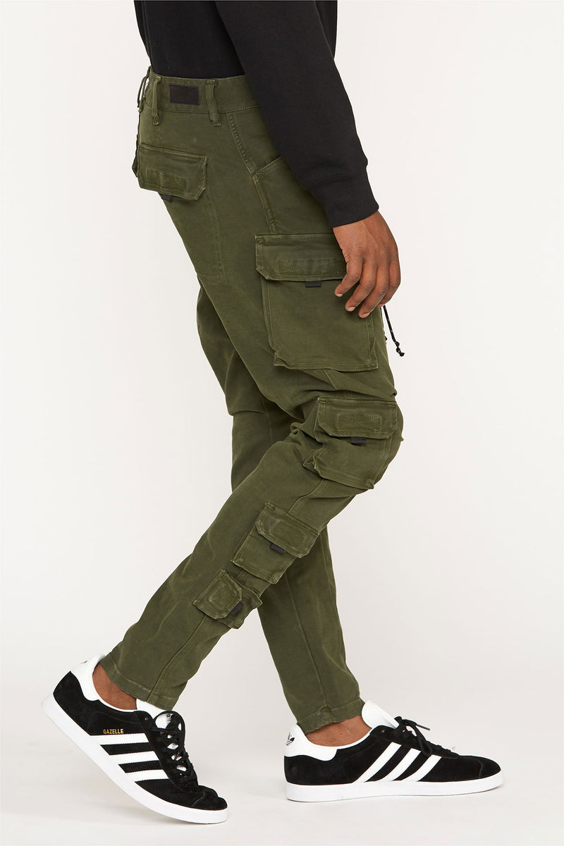 Bow Legged Cargo Pant