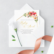 Load image into Gallery viewer, Floral wedding invitation template Gold - Pearly Paper