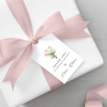 Load image into Gallery viewer, Floral Favor Tags - Pearly Paper