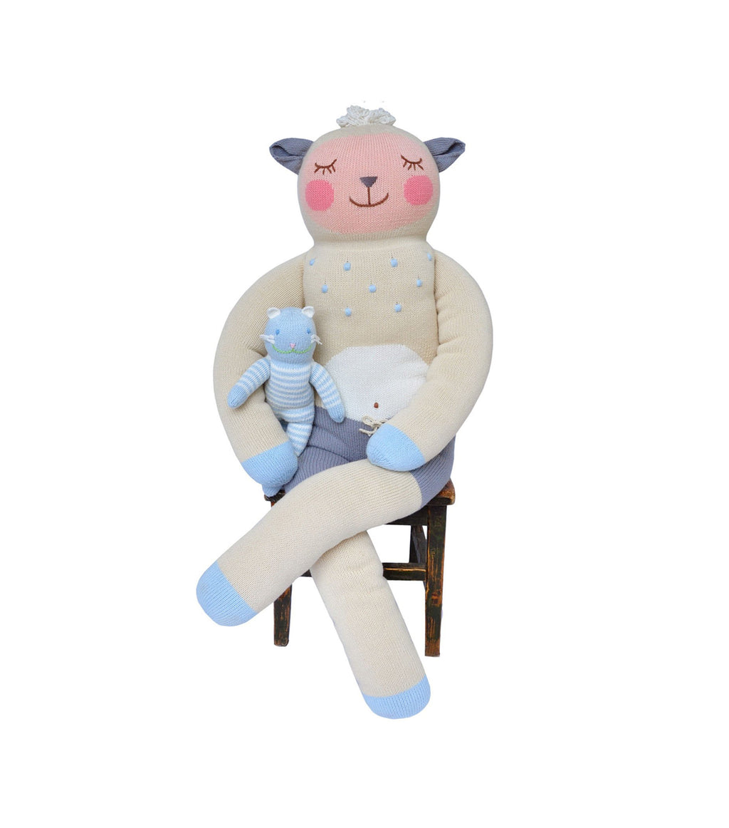 Giant Wooly the Sheep