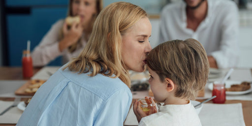 How to Look After Your Non-Allergic Children When a Sibling Has a Food Allergy