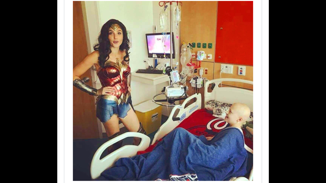 Wonder Woman visits Inova Children's hospital