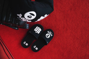 Sneaker News x AAPE by *A Bathing Ape® Slippers