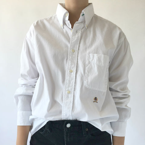 WHITE TOMMY HILFIGER SHIRT