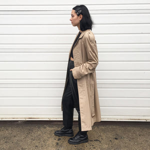 MINIMALIST TRENCH COAT
