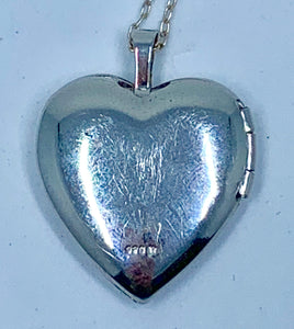 "Darling Sterling Silver Heart Shaped Locket Pendant for Mom with Rose & Sterling Silver 18"" Necklace"