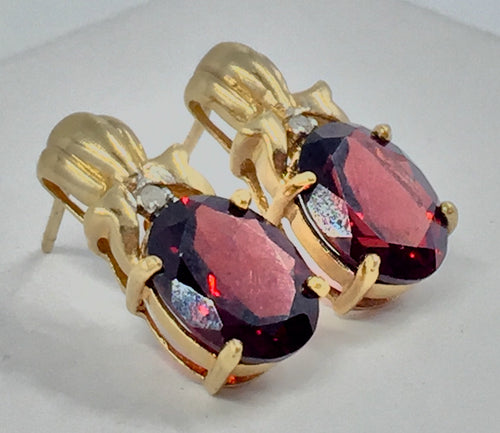 Vintage Oval Cut Garnet Stud Earrings