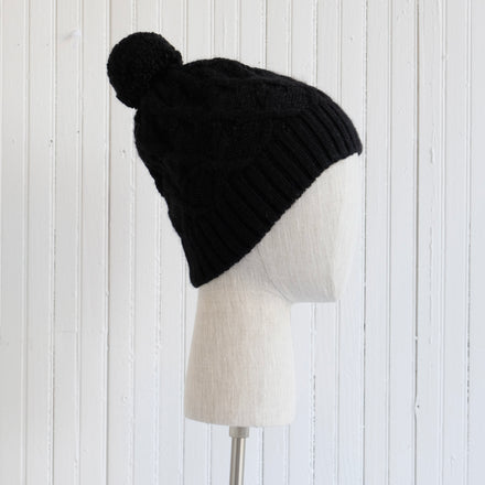 Black Pom Pom Cable Knit Hat