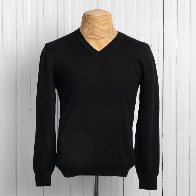 Men's Jersey Knit V-Neck Sweater