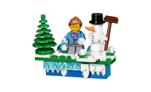 853663 | LEGO® Iconic Holiday Magnet 2017