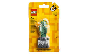 854031 | LEGO® Iconic Statue of Liberty Magnet