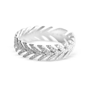 WHITE GOLD DIAMOND ARROW RING