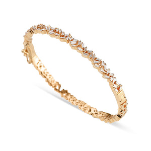 GOLD BAGUETTE DIAMOND BRACELET