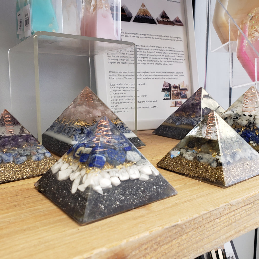 YFL313 Small Orgonite Pyramid