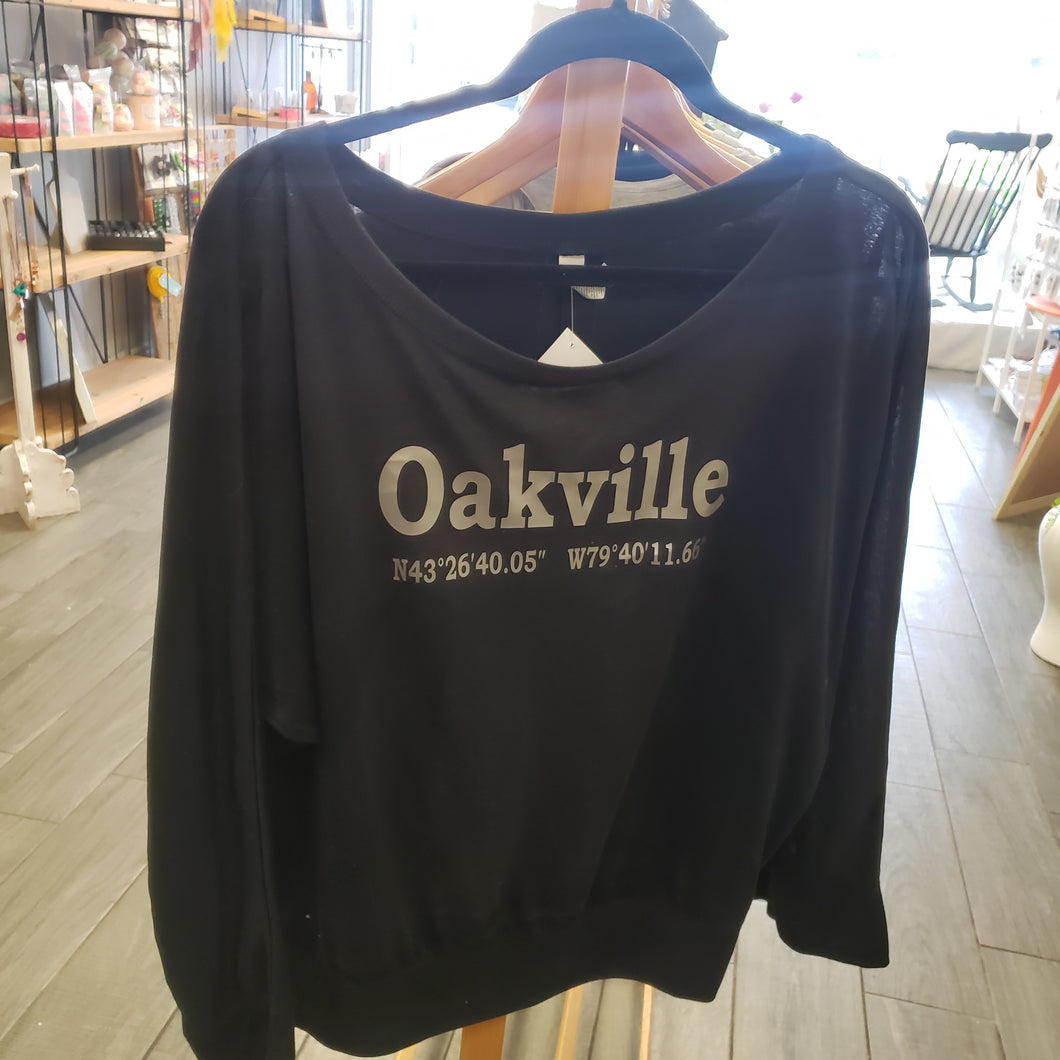 Oakville Flowy Shirt - Silver Text
