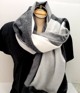 Blanket Scarf - Black and White