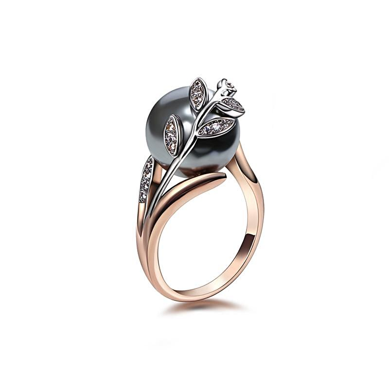 Rose Gold Grey Pearl Ring - trinkets.pk