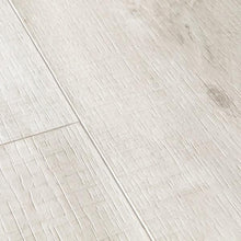 BALANCE 40128 Canyon oak light with saw cuts-LVT-quick -step-Carpet Mills Maidstone