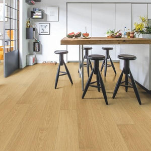 Impressive Natural varnished oak-Laminate-quick -step-Carpet Mills Maidstone