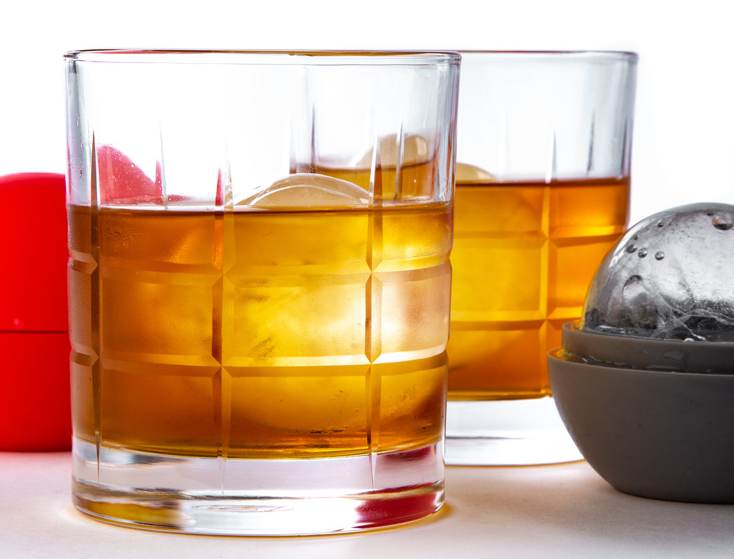 THE ROCKS, Whiskey Glass and Ice Set, The Braeburn design