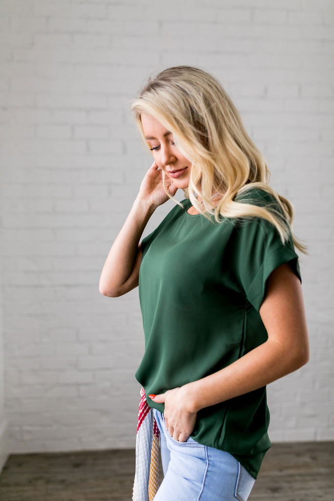 Chelsea Rolled Sleeve Top In Olive