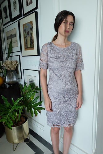Review | Gray Lace Dress