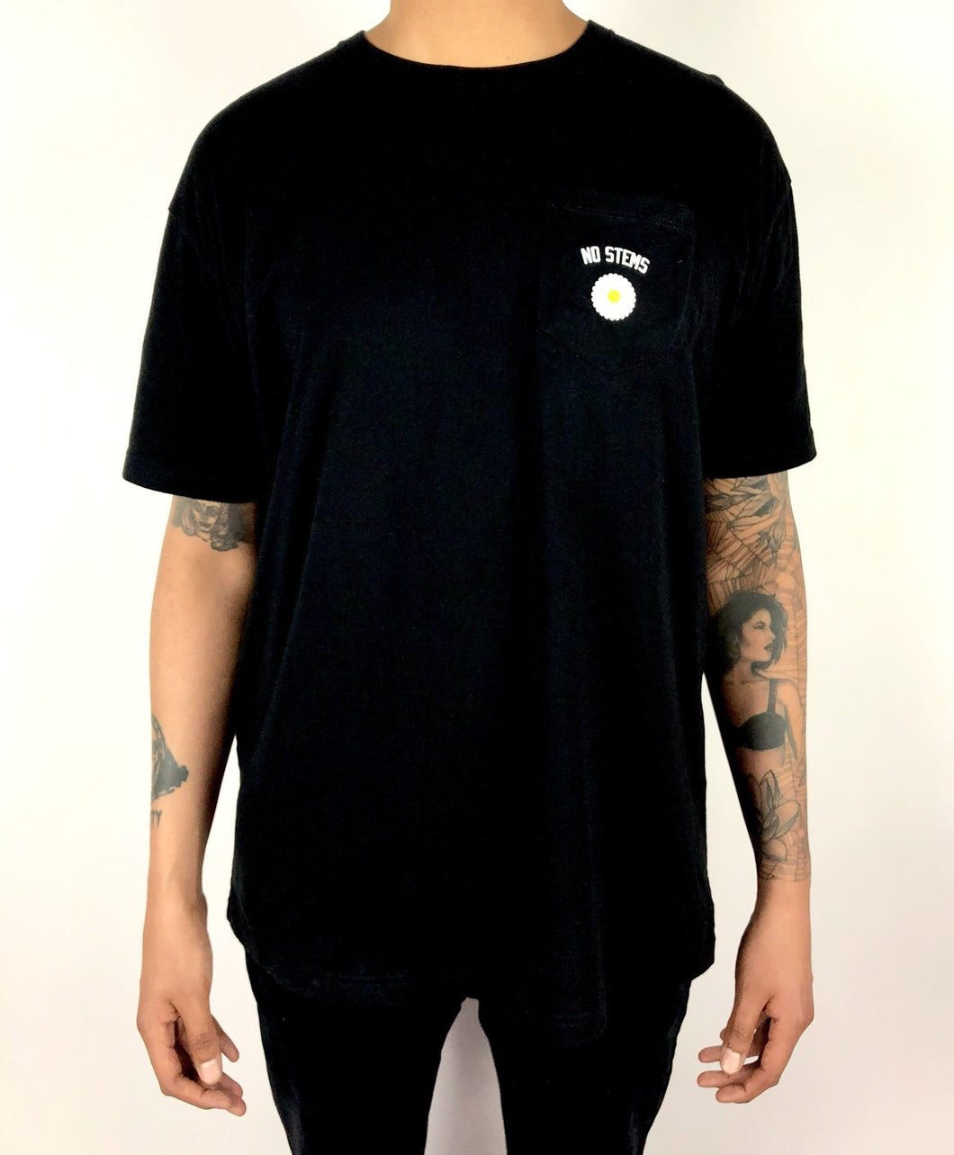 Daisy Pocket Tee
