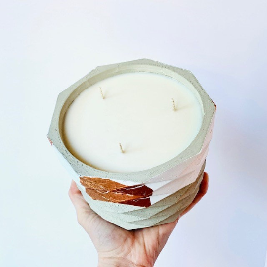 Grapefruit + Mint Leaves Concrete Candle - Large Geometric Cylinder