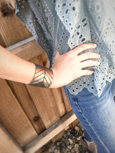 Wide Arrow | Metallic Ombré Leather Cuff Bracelet | Charcoal with Chambray , Penny, and Gold - The Branded Branch