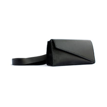 MIES 22 BELT BAG in Ciervo Black