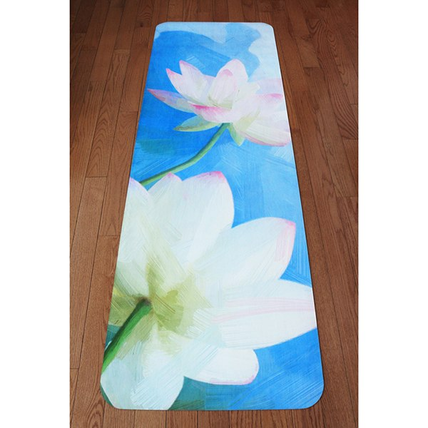 UTOPIAT's Expanding Lotus - the premium eco yoga mat