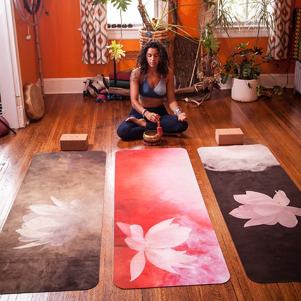 UTOPIAT's Mighty Lotus - the premium eco yoga mat
