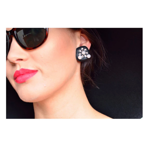 Holly Gift Boxed Oversized Black Earrings - Breakfast At Tiffany's