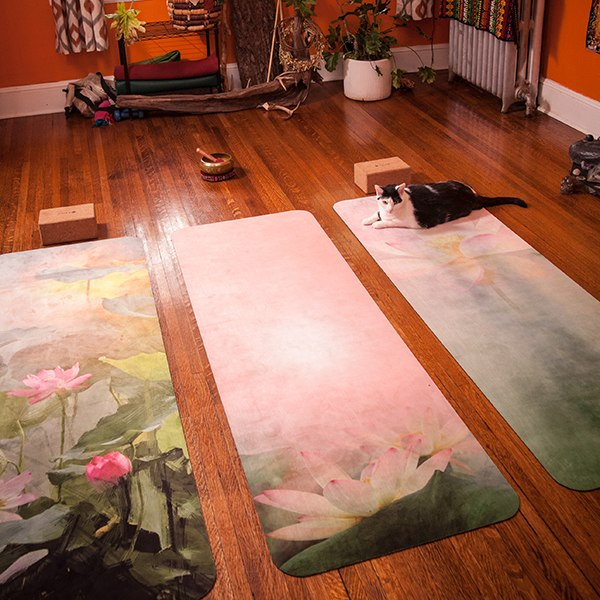 UTOPIAT's Supreme Lotus - the premium eco yoga mat