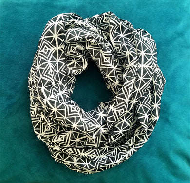 Lightweight Black & White Infinity Scarf