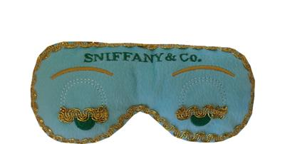 DOG DIGGIN DESIGNS  SNIFFANY & CO SLEEPMASK DOG TOY