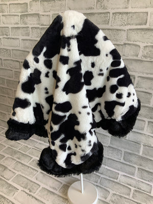 BESSIE & BARNIE CUDDLE BLANKET BLACK & WHITE COW PRINT/BLACK