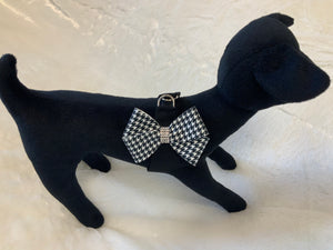 Blk/White Houndstooth Nouveau Bow Step In Harness