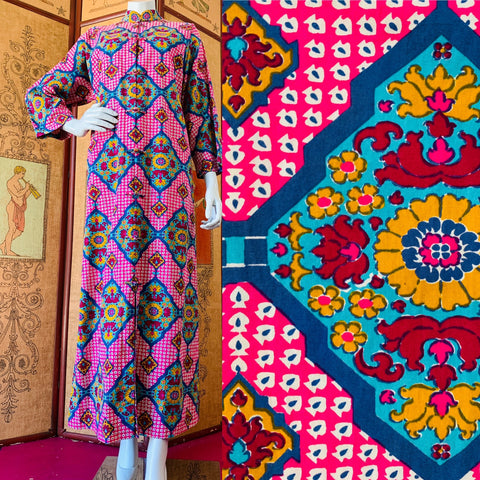 Gorgeous vintage pink block print caftan made in Thailand available now.