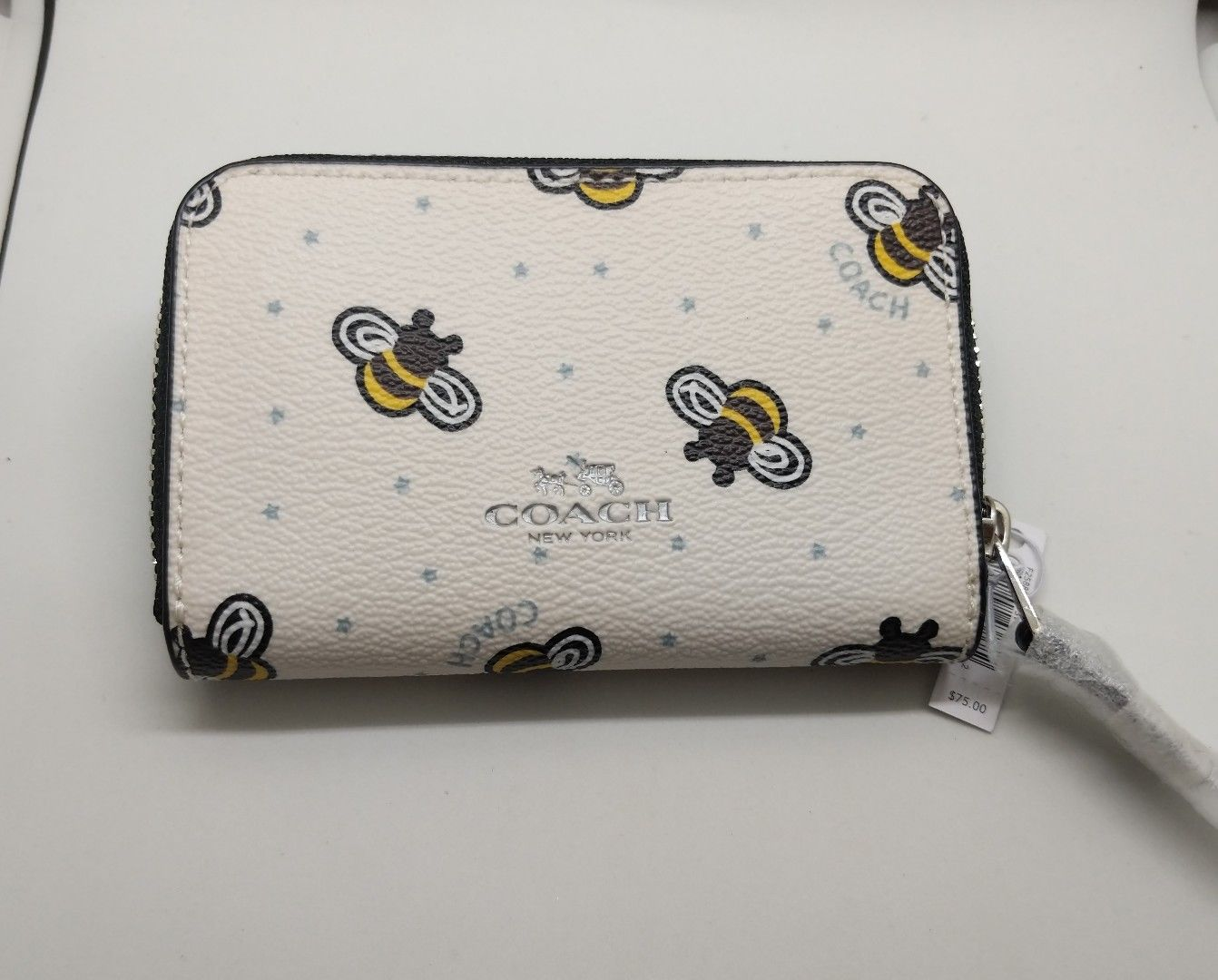 3bd0cd0d317f67 ... Coach Limited Edition Bee Print Zip Leather Coin/card Case Mini Wallet  F25885 ...